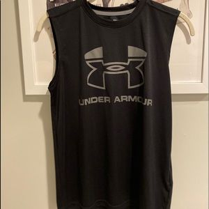 Under armor black tank